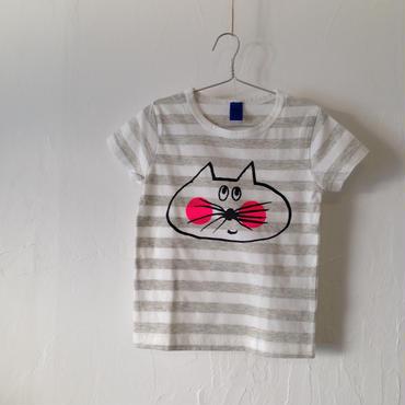 ▲送料無料 100サイズ/半そで ねこもぐらさんしましまTシャツE オーガニックコットン uyoga cat mole グレー×ホワイト ほっぺあり 869番目のねこもぐらさん