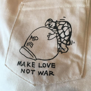 "VINUP Nam Pocket TEE Shirts,  ""Make Love Not War"