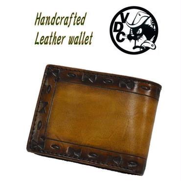 2つ折り財布 メンズ レディース 牛革 ネィティブ柄スタンプ ショートウォレット BROWN 19010301