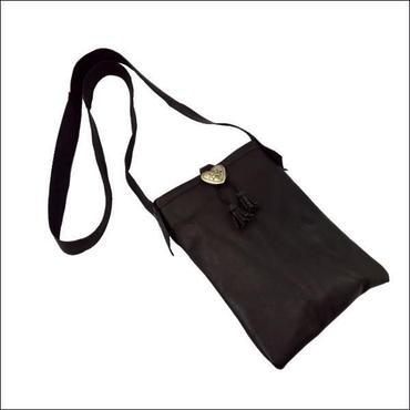 レザー ショルダーバッグ レザーポシェット BLACK ハートコンチョ 10007798