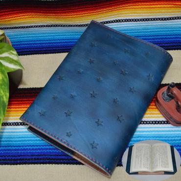 ブックカバー 文庫本サイズ 牛革 ヌメ革 藍色ムラ染め 星スタンプ A6判 18063002