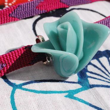 バラの蕾の帯留