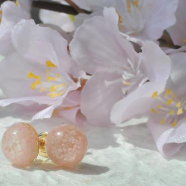 桜小道のピアス
