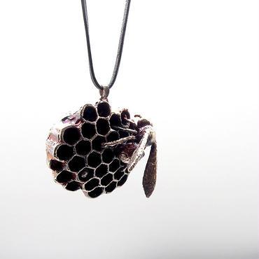 アトリエpuchuco 蜂の巣 シルバーペンダント