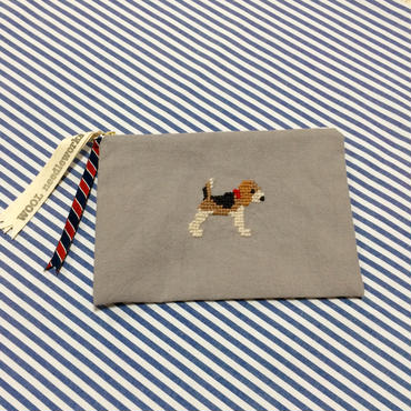 ビーグル刺繍10号帆布フラットポーチ グレー