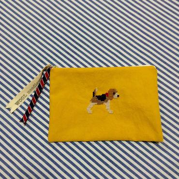 ビーグル刺繍10号帆布フラットポーチ マスタード