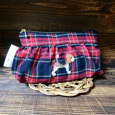 ビーグル刺繍赤タータンチェック ギャザーポーチ