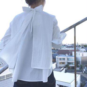 #パンツスタイルが上品にきまるボウブラウス 品番:1117605 カラー:プレーン