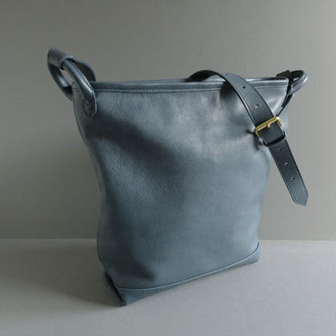 bucket shoulder bag      ( navy )