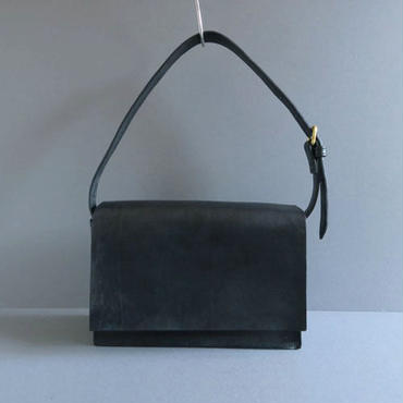 one handle flap bag (black)