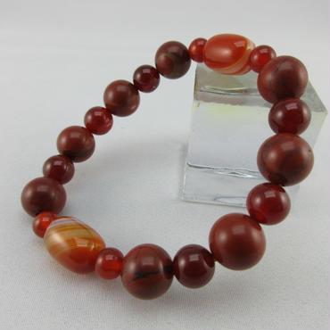 天然線天珠と赤瑪瑙とレッドファイア―アゼツライトのブレスレット