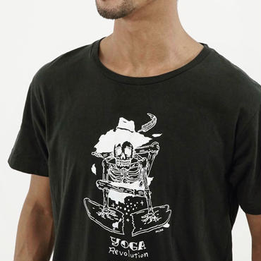 YUYA SARASHINA model T-shirts