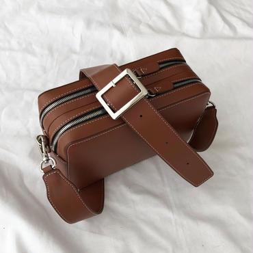 square shoulder (brown) ※こちらの商品は12月12日〜16日の発送となります。