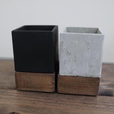 小さな小さなコンクリートポット