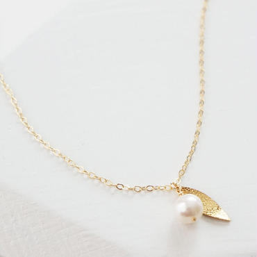 K14gf pearl leaf necklace