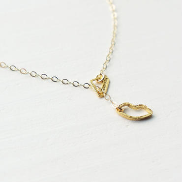 K14gf lip necklace