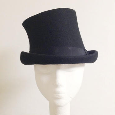 INCLINATION SILK HAT
