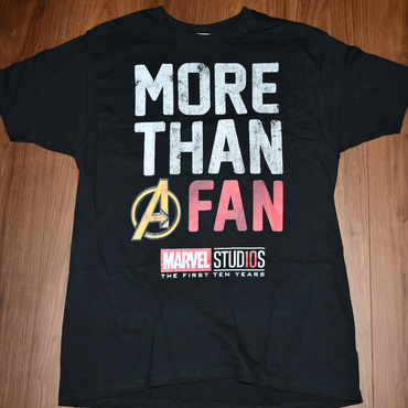 MARVEL  STUDIOS    MORE THAN A FAN  Tシャツ