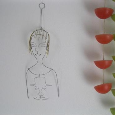 ワイヤーガール ショートヘアー