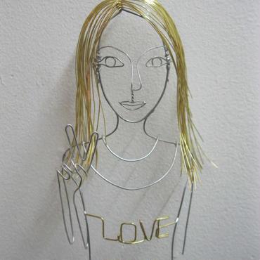 ワイヤーガール LOVE &PEACE