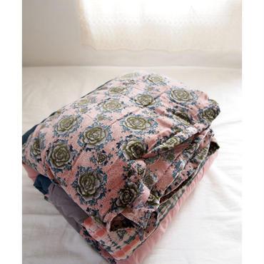 bagaille バガイユ キルト スモールボタン柄 pink 160x160