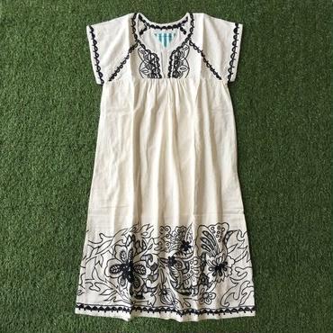 Manic Monday・Embroidery Linen Dress(6P63000E)