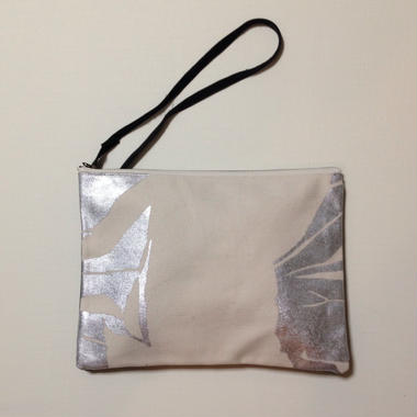 Clutch bag silver on white 3