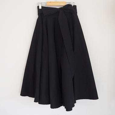 waist ribbon volume skirt BLACK