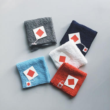 littlebodco - 1/4 square