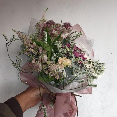 母の日 優しい色合いの花束(フレッシュ)S