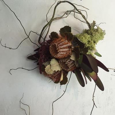 バンクシャとレウカの枝みせリース