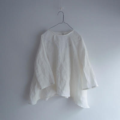 MC021 /  BACK-RIBBON ROUND BLOUSE