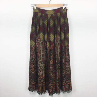 fringe check × paisley skirt
