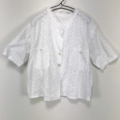leaf frill blouse