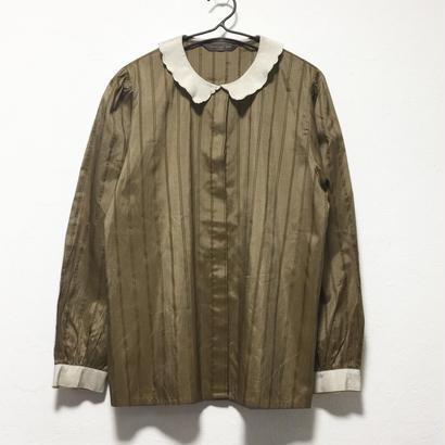 gold frill collar blouse
