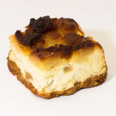 パイナップル ・ゴルゴンゾーラ チーズケーキ