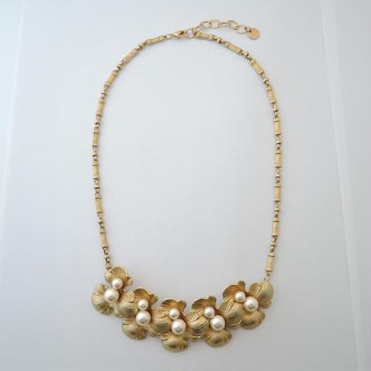 PETAL necklace(gold)