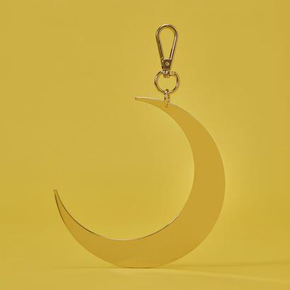 Metal charm / Moon
