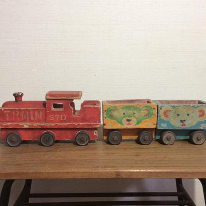 古い汽車のおもちゃ