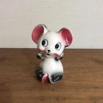 ネズミの貯金箱