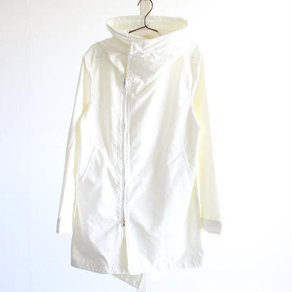 【albino】 燕尾デザインラップ型ハイネックミリタリーコート