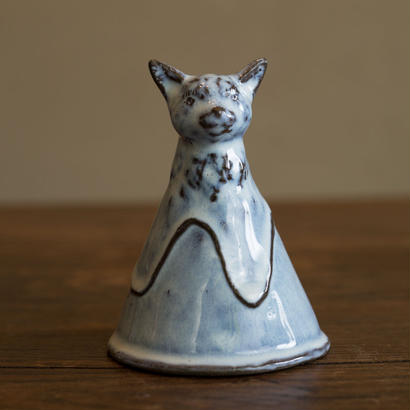 マドンナの猫(pale blue)