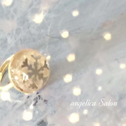 雪の結晶 クリアなハンドメイド 指輪・大人かわいい遊びリング 冬のおしゃれアクセサリービジュー 白・シルバー・ゴールド