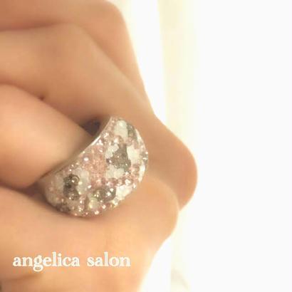 ベージュピンクのヒョウ柄リング/スワロフスキー クリスタル/パステル ピンク ヒョウ柄、大人可愛い指輪/スワロデコ・ボリュームリング