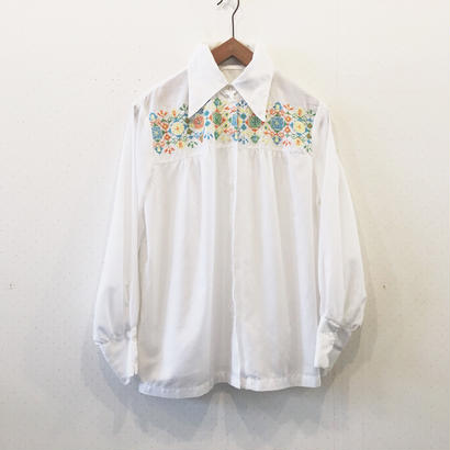 used embroidery blouse*