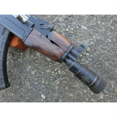 在庫品 マルイ βスペツナズ・AK47 HC用クリンコフタイプウッドハンドガード ウォルナット色ツヤなし2