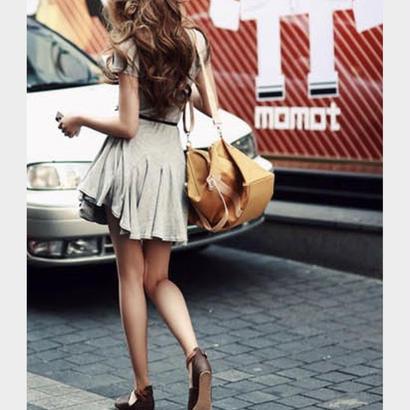 裾が可愛い♡ シンプル フレア ミニ ワンピース グレー