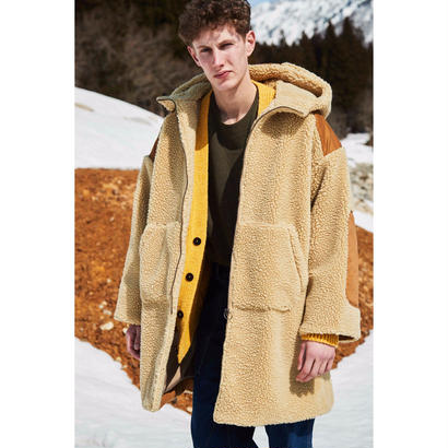 WOOL  BOA  FLEECE  HOODIE  COAT