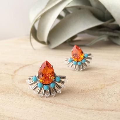Peacock earring in orange