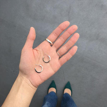 Theo open hoop earring